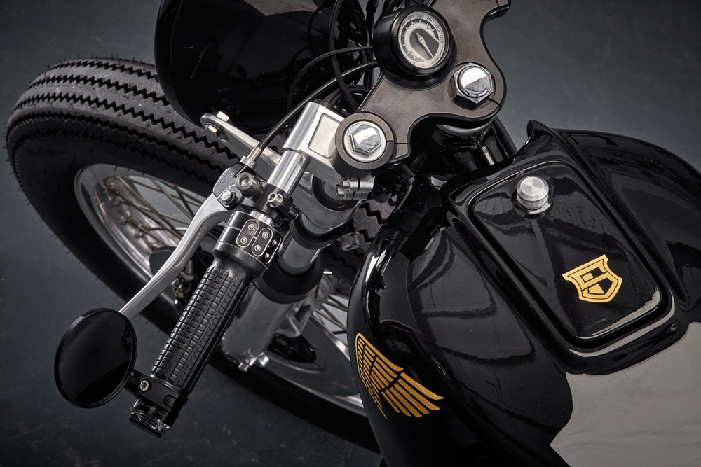 Sinroja Motorcycles: брэт-кастом Honda CB550