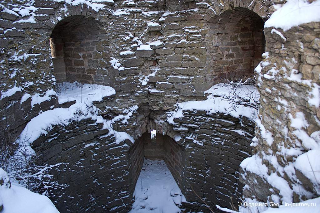 внутри крепости Копорье