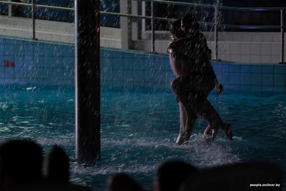 Жаркое прощание с зимой в минском аквапарке