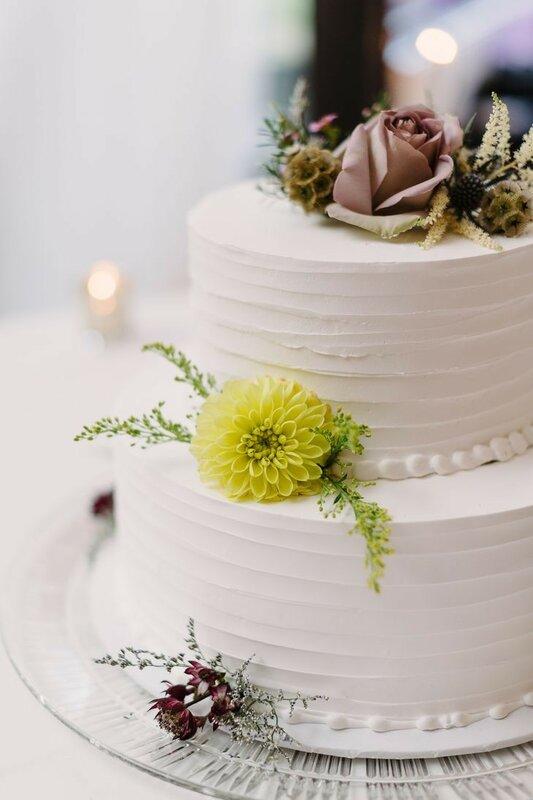 0 17831a f2453fc0 XL - Аппетитные свадебные торты сезона 2017