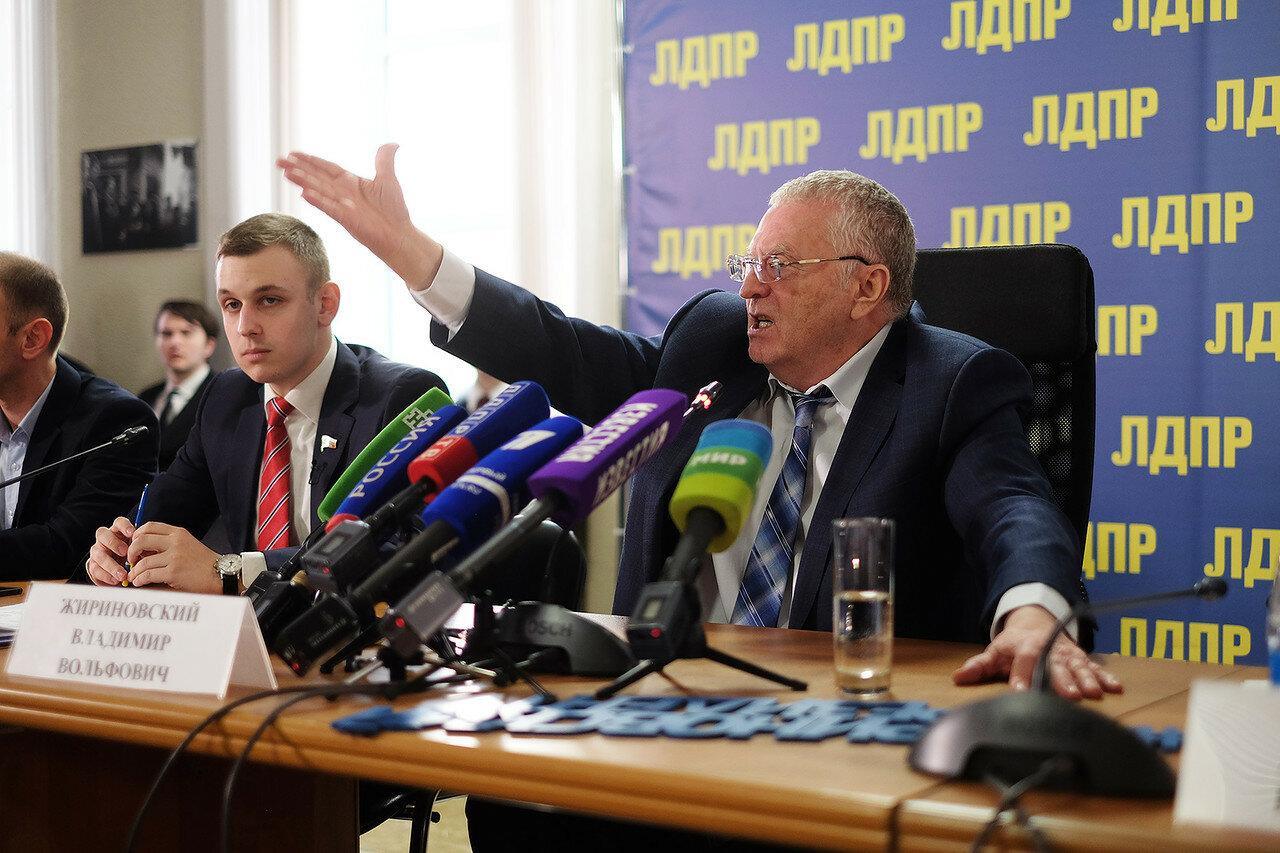 Жириновский назвал всех фейковых кандидатов