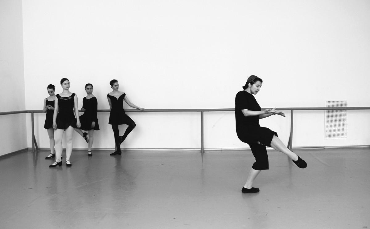 Трудовые будни современных балерин