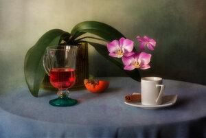 С орхидеей...