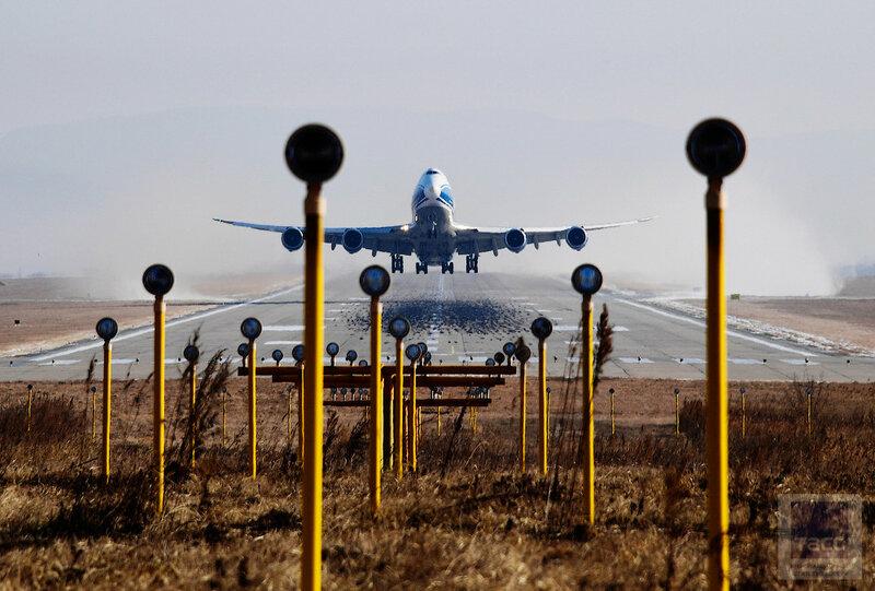 Авиаспоттинг, посвященный 95-летию гражданской авиации России в аэропорту Владивостока
