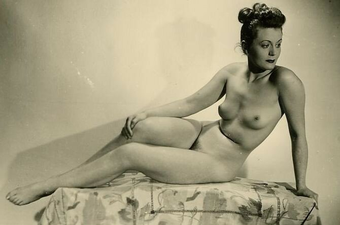 Французское Эротическое 1920-1950