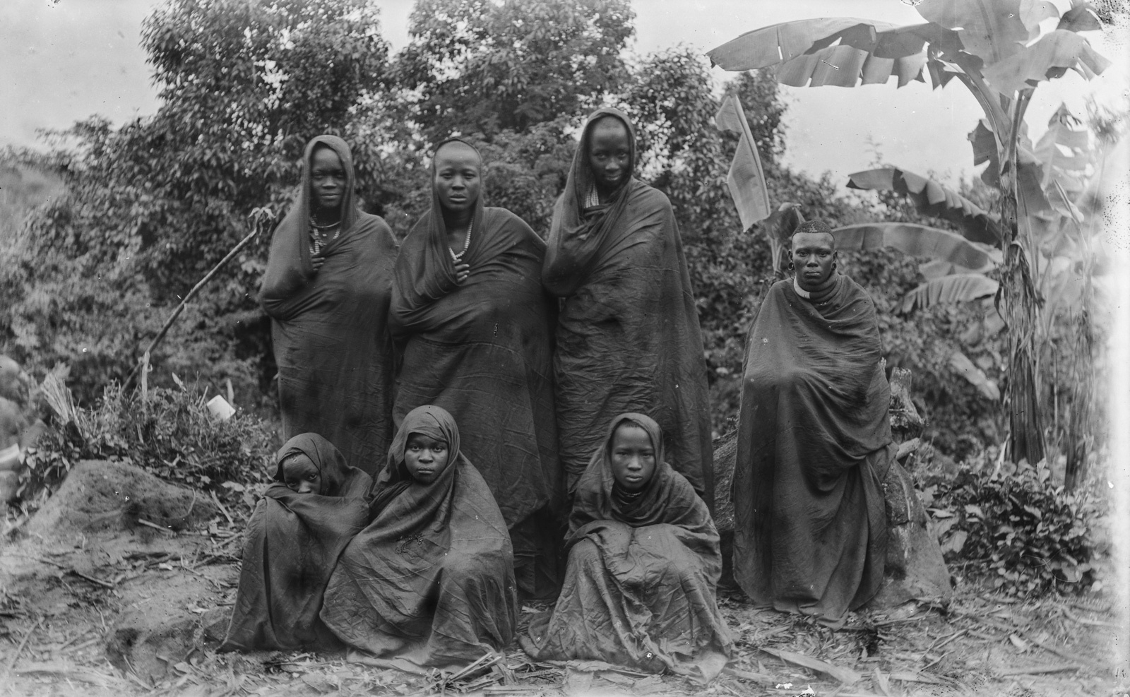 197. Групповой портрет семи жен Мареаля, вождя чагга