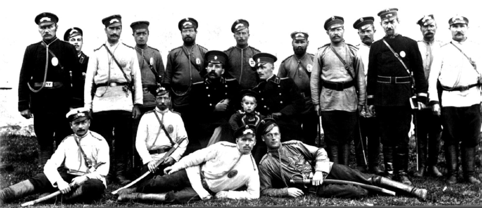 Чины Архангельской губернской тюрьмы. 1910
