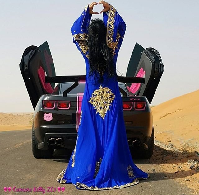 Роскошные автомобили, пушки и гепарды: богатеи из Саудовской Аравии хвастаются роскошью