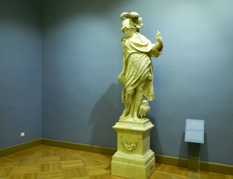 Скульптура Михайловского замка