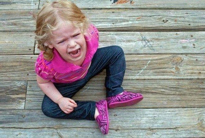Остановить детскую истерику можно, задав всего 1 вопрос! (1 фото)