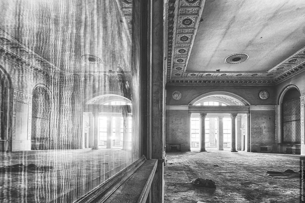 8. В 1970-е «Золотой колос» практически превратился в закрытое заведение — на его посещение сущ