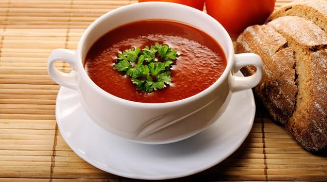 Соус борделез (бордоский соус). В его состав входят вино (красное или белое), соус деми-гляс и немно