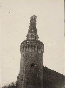 Разрушенная башня в Кремле