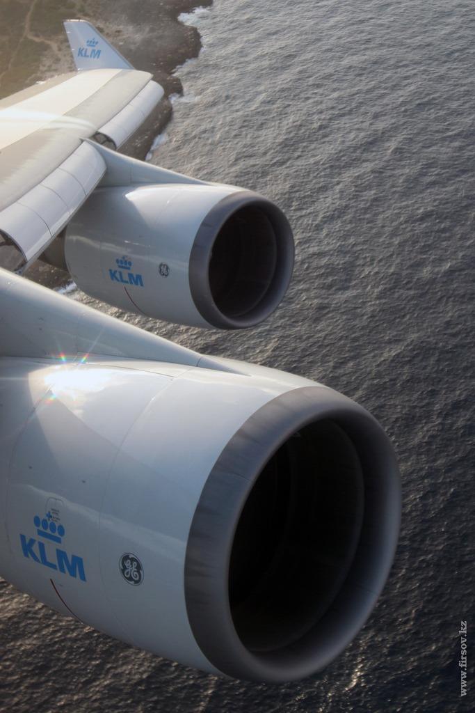 B-747_PH-BFA_KLM_12_CUR_resize.jpg