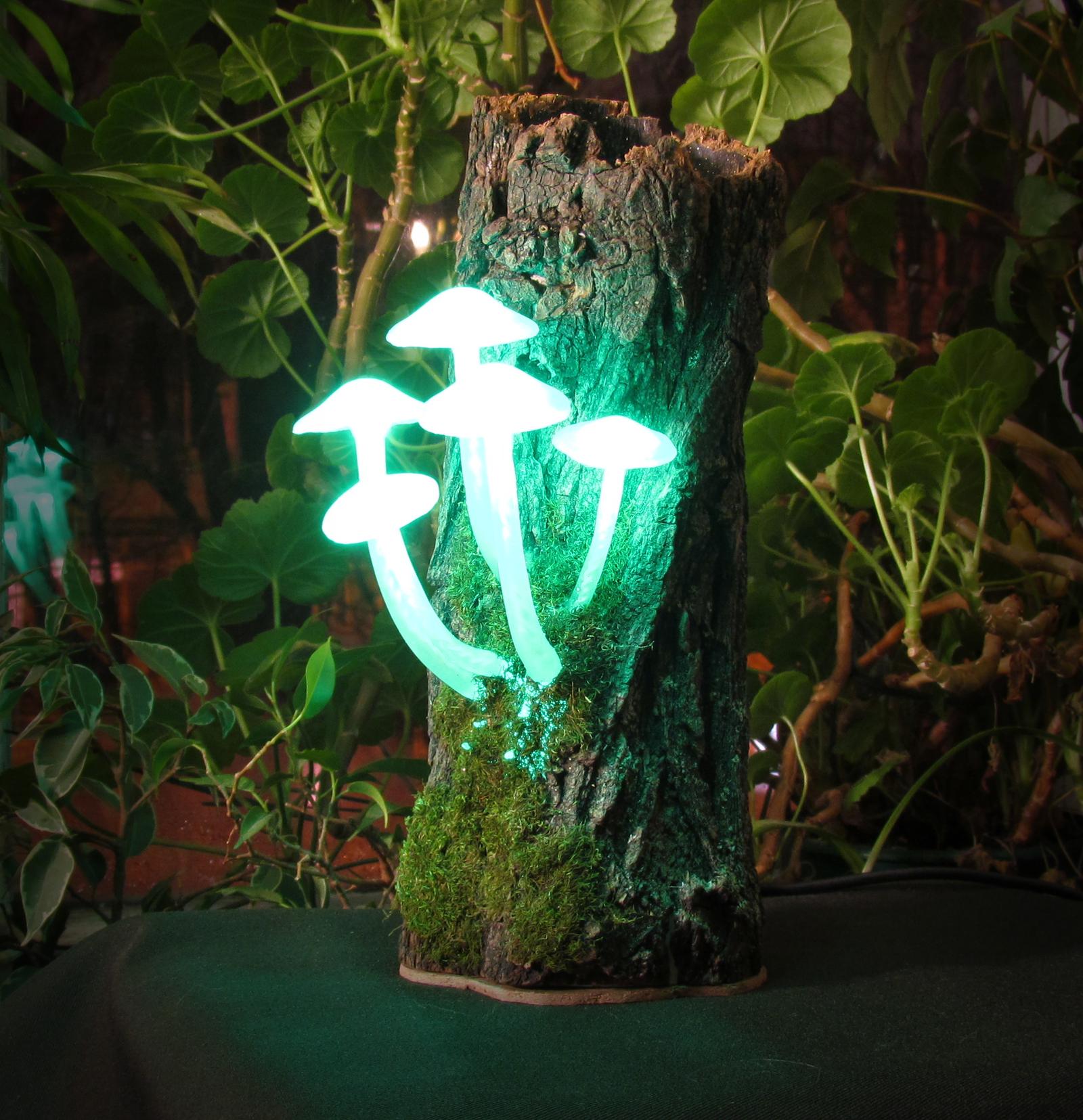 Грибной светильник