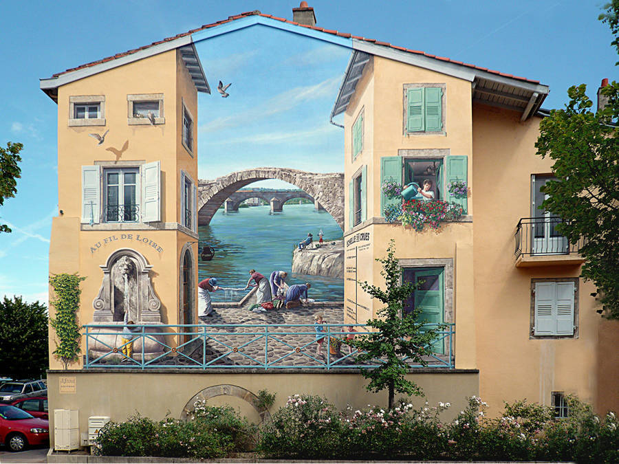 How to confer more life to pretty normal facades? A great answer comes with the trompe-l'oeil of the