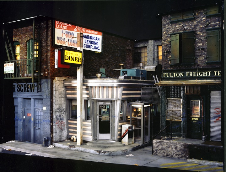 Hyper-Realistic Street Scenes - Urban Sculptures - Alan Wolfson