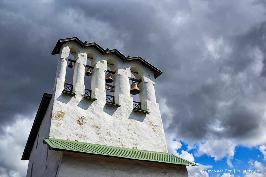 колокольня церкви Богоявления с Запсковья
