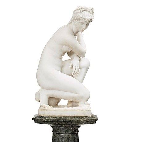 Crouching Venus.Jpeg