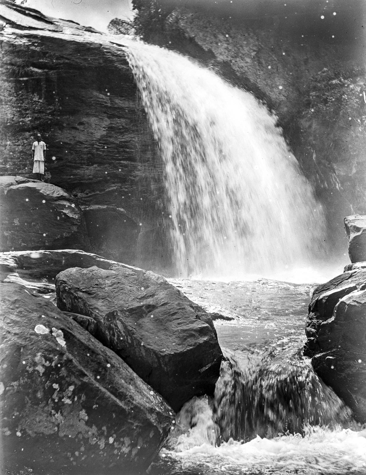95. Водопад на реке Умба около Млало
