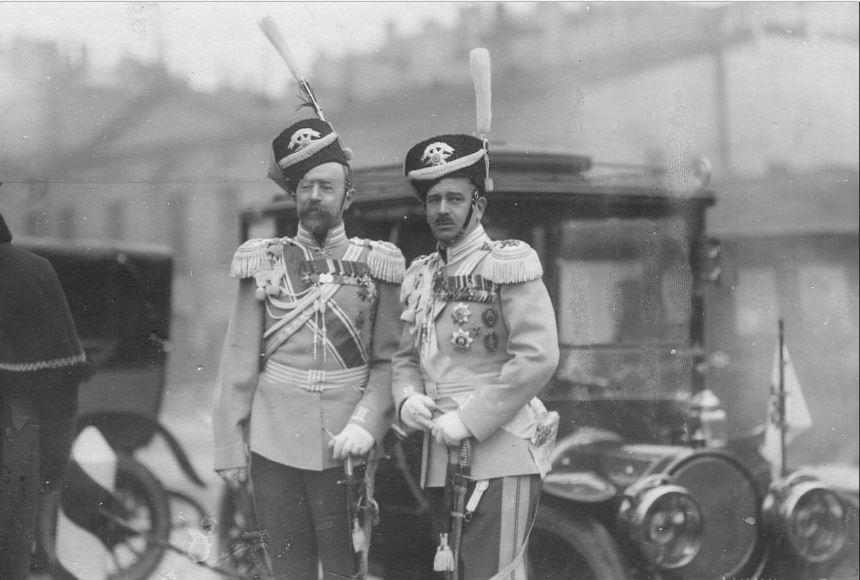 1914. Генерал-майор Сергей Владимирович Евреинов (слева) и великий князь Борис Владимирович (справа)
