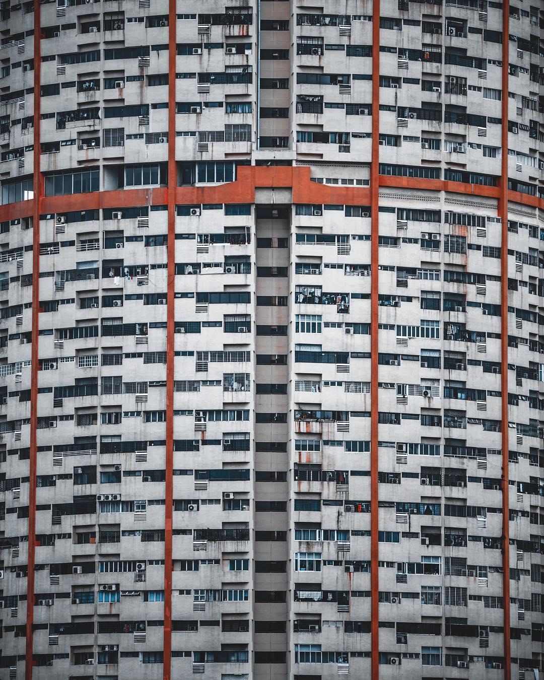 Городские и аэроснимки Тома Лиса