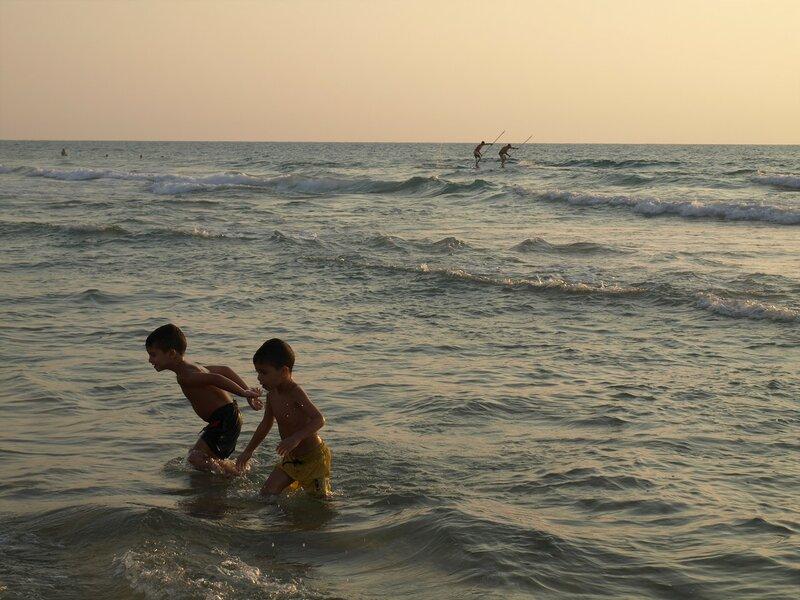 Доминанты в Бат-Яме