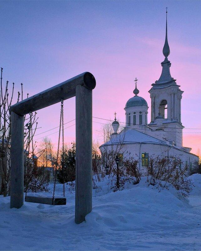 Закатная Вологда. Церковь Варлаама Хутынского (1690)