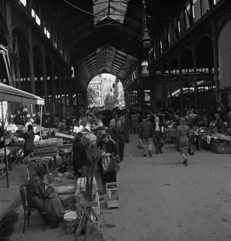 Крытый зал рынка