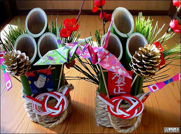 Японские новогодние атрибуты праздника