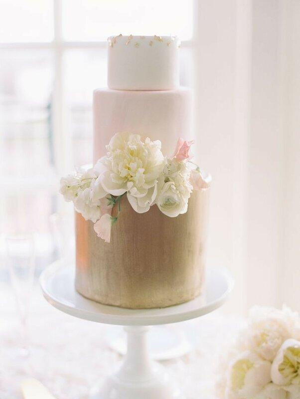 0 1782c6 d0ade26a XL - Каким будет ваш свадебный торт в 2018 году