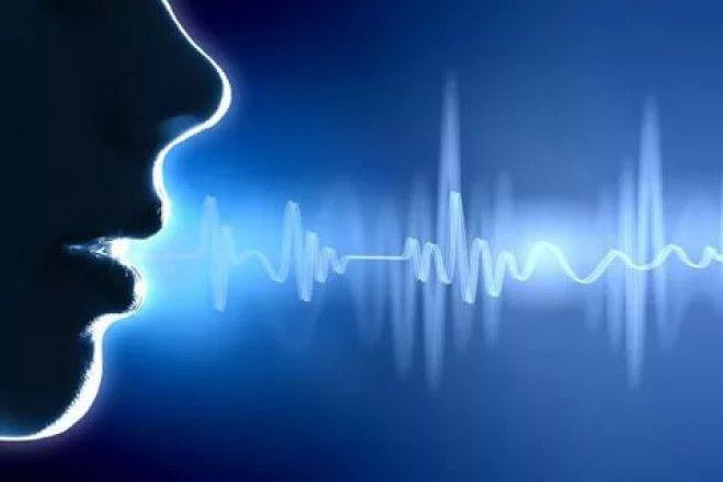 Звуковая волна      Нередки случаи, когда певцы, ведущие, артисты, сталкиваясь