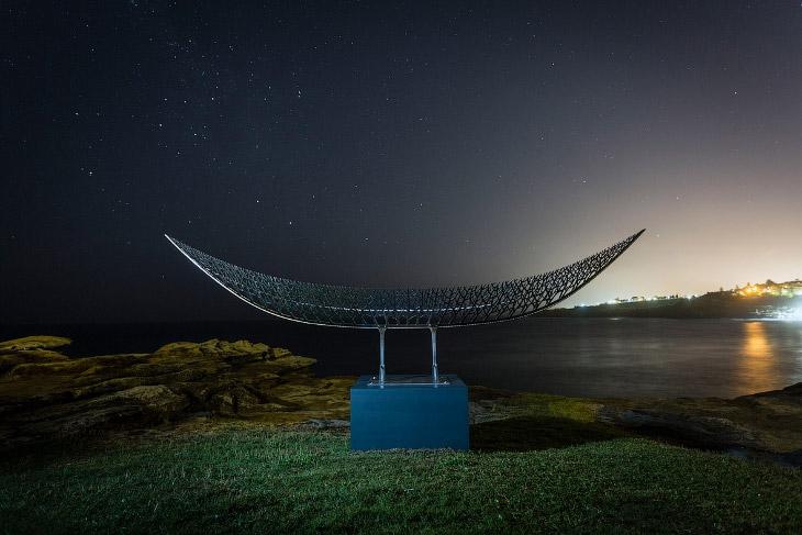 2. Инсталляция «Фокус». (Фото Brook Mitchell):