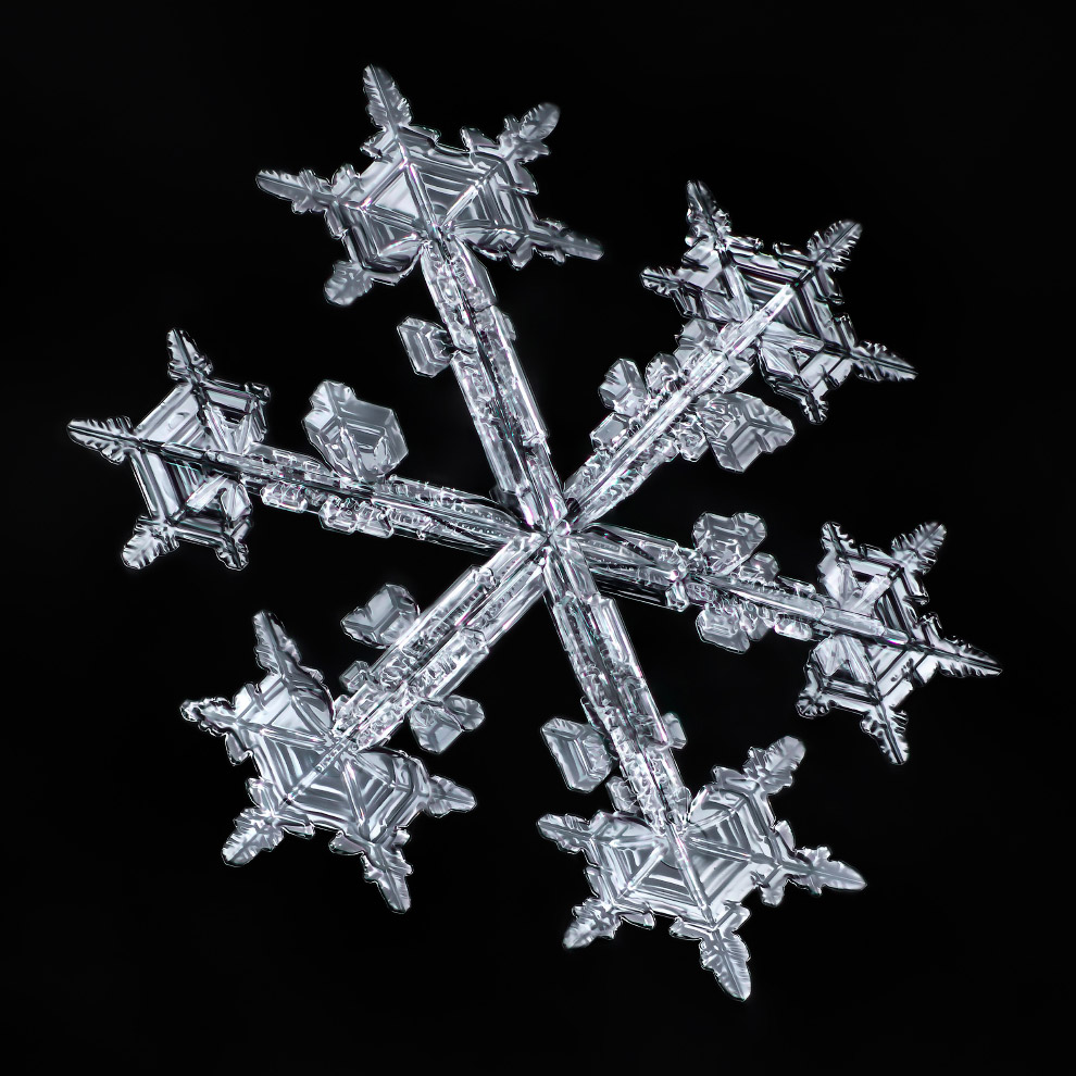 7. В Братске в 1971 году зафиксированы снежинки размером 20?30 см. Обычно же снежинки имеют около 5