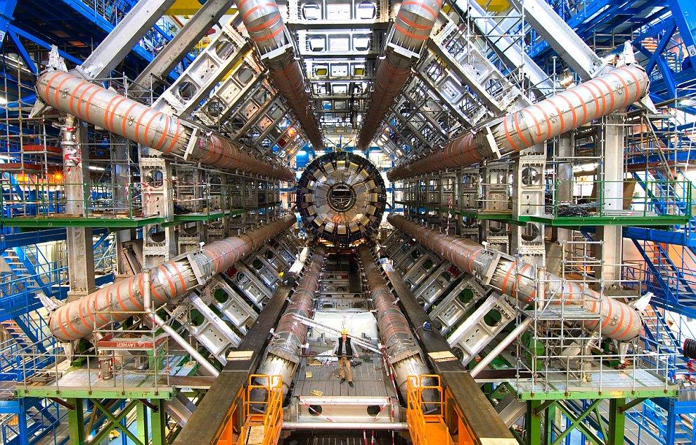 По мнению учёных, обнаруженный бозон Хиггса может пролить свет на происхождение Вселенной и понять,