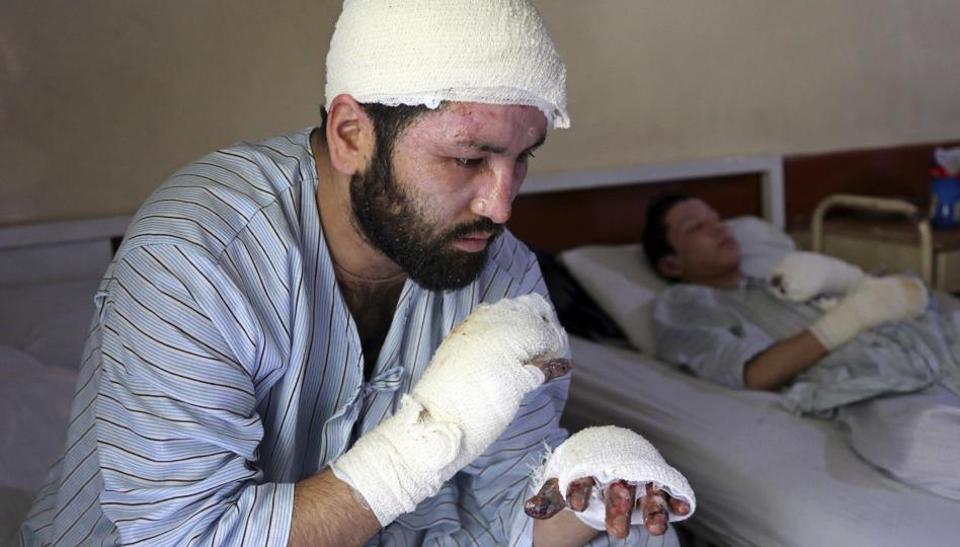 Выжившие в Кабуле (8 фото)