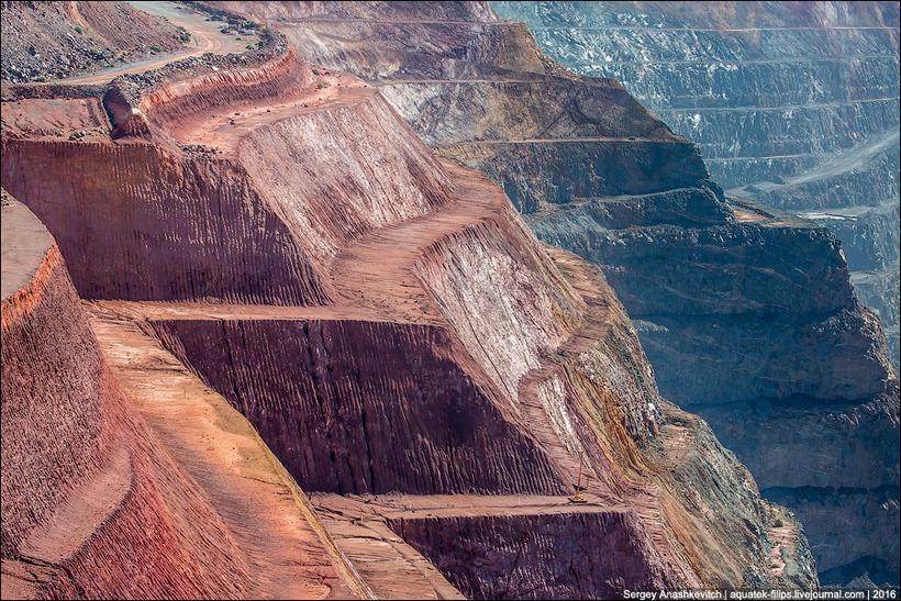 Это самая гигантская майнинговая дыра в мире
