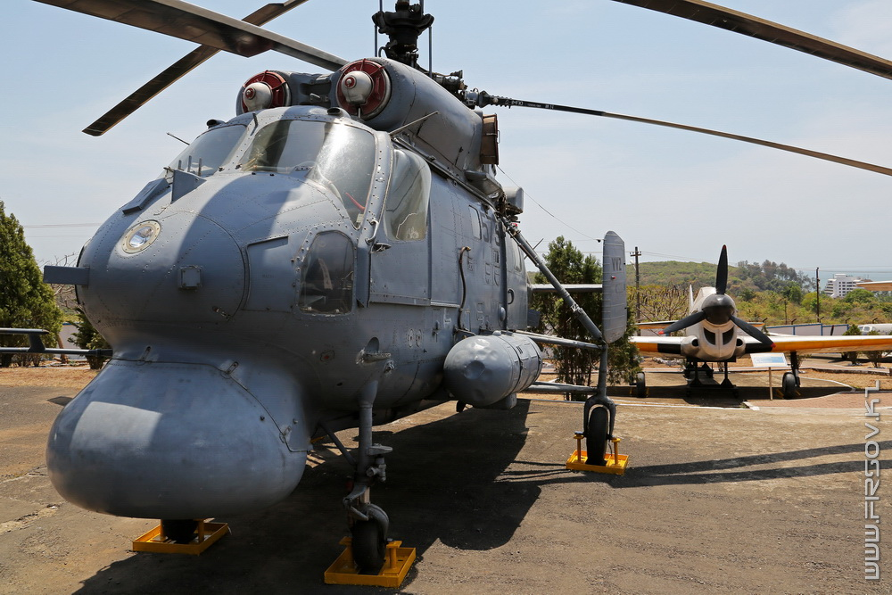 Ka-25_573_Indian_Navy_4_GOI.jpg