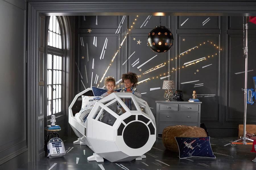 Star Wars Millenium Falcon Bed