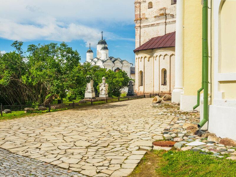 Церковь Архангела Гавриила, Преображенская церковь.