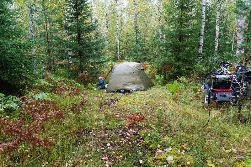 ночевка просто в лесу в финляндии в велопоходе