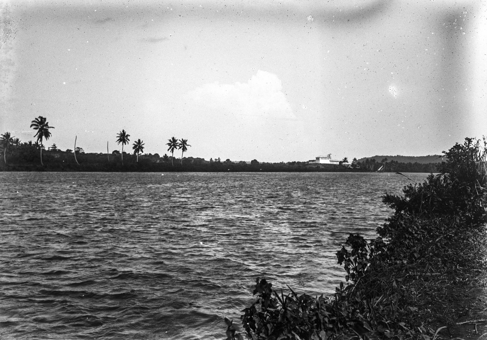 171. Вид на реку