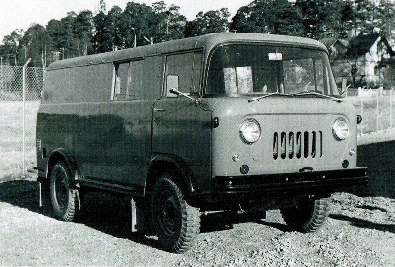 Willys Jeep FC-170 '1957–65 1.jpg