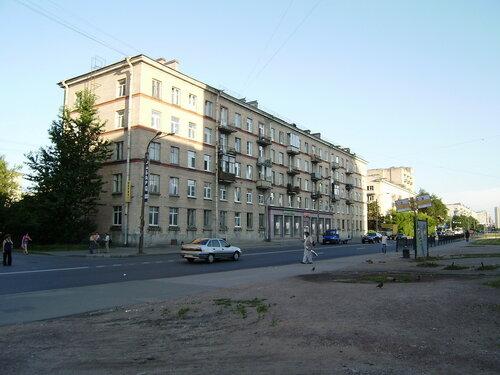 Варшавская ул. 112