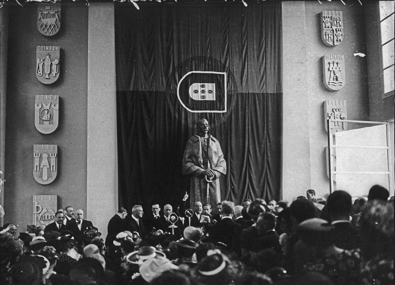 Церемония открытия Павильона Португалии (10 июня 1937)