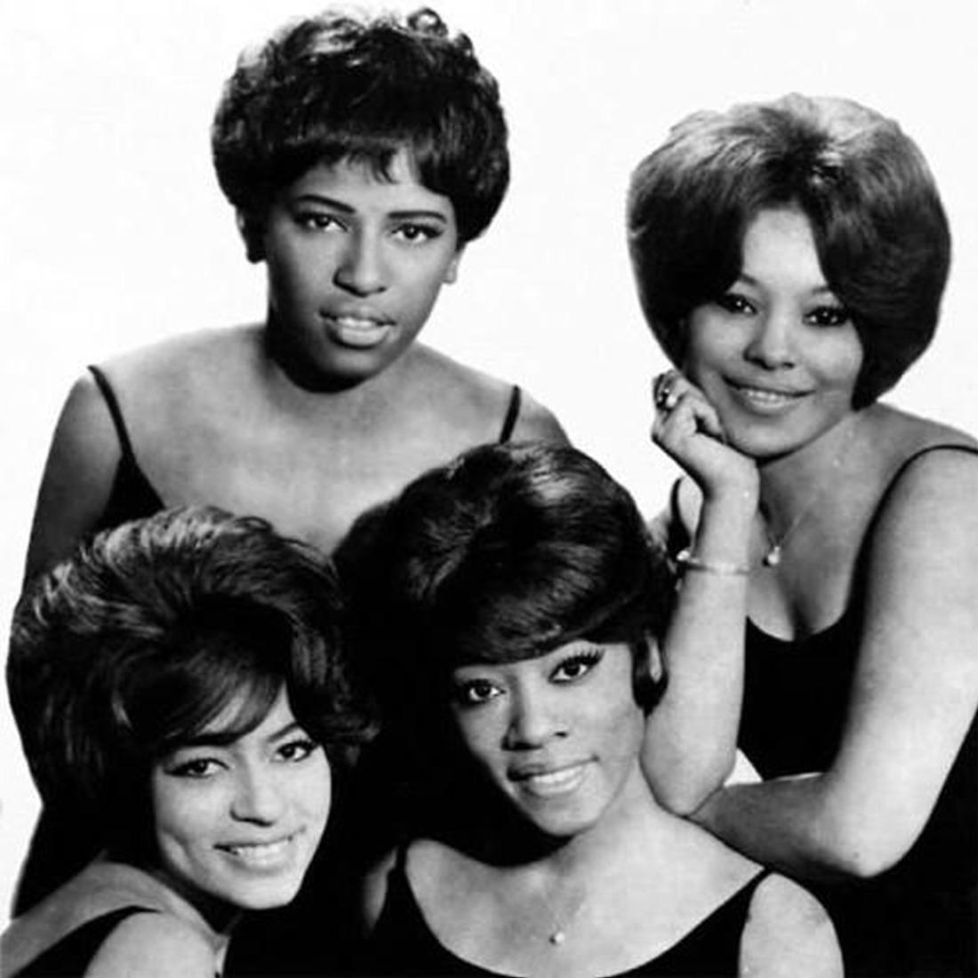 1966. «The Chiffons»