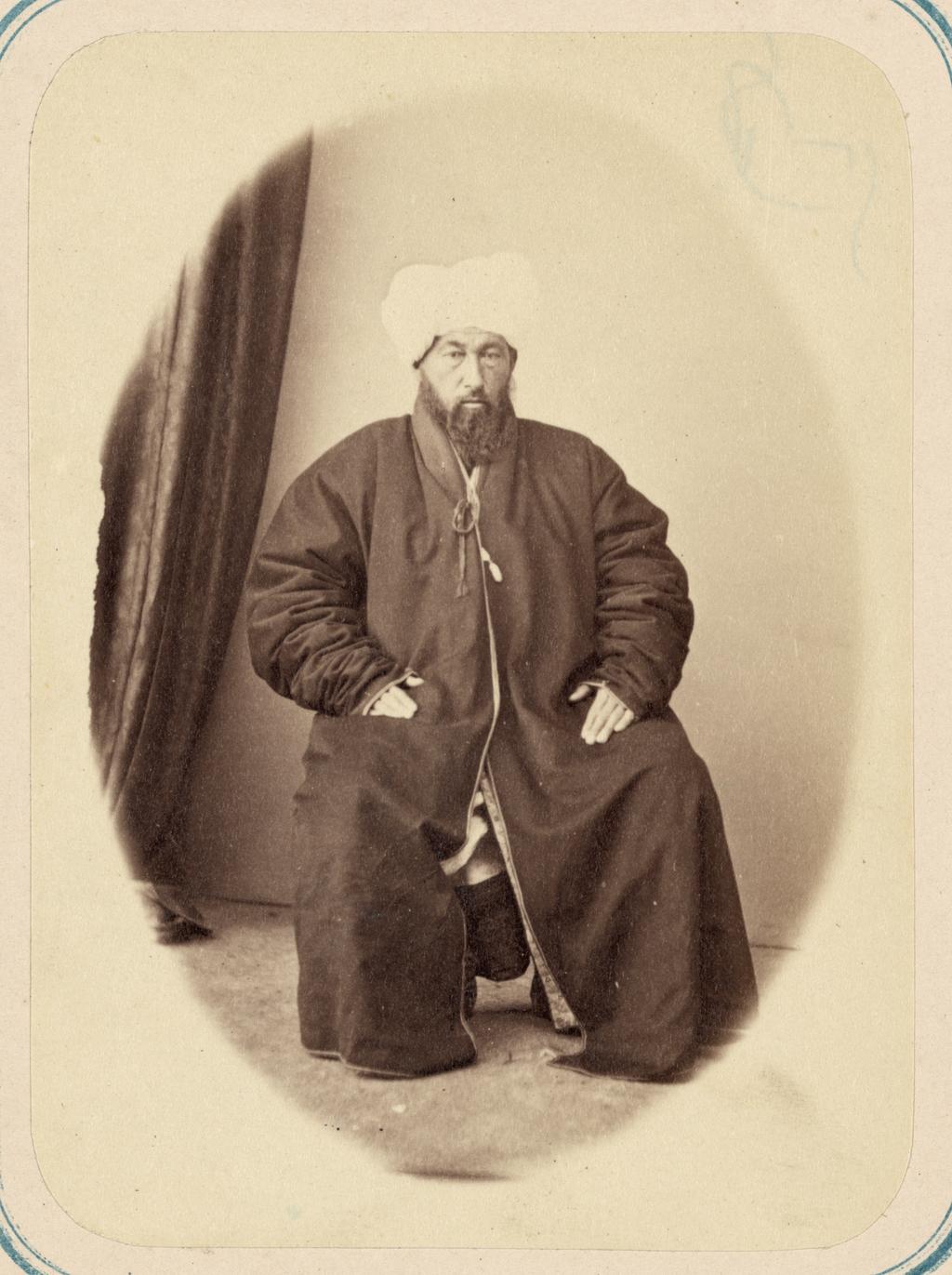 Общая молитва в годовые праздники и должностные лица при мечетях. Заведующий вакуфным имуществом (мутевали) Ин Ам Ходжа-Ишан