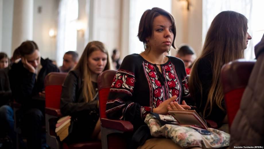 Бесплатное образование на материке: как крымчане вступают в украинские вузы на бюджет
