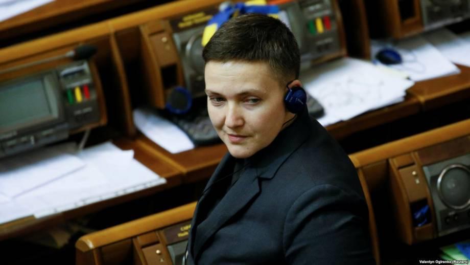 Савченко просит суд отменить исключение ее из парламентского комитета