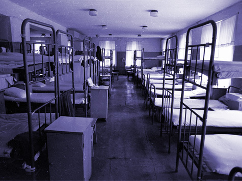 С днем работников СИЗО и тюрем. Спальня